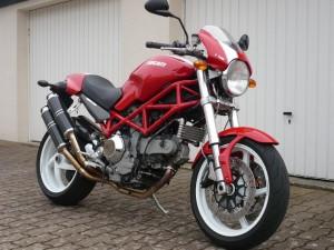 La Monster S2R 1000