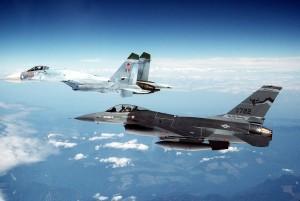 Su 27 russo scortato da un F16