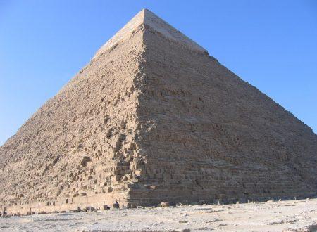 Chefren – la piramide vuota