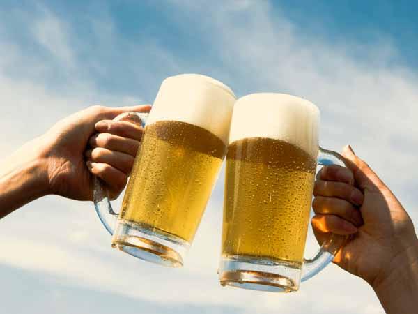 bere alcol allunga la vita